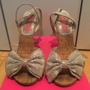Cork bow heels
